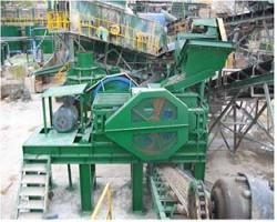GUTTER TYPE ROLL CRUSHER 썸네일